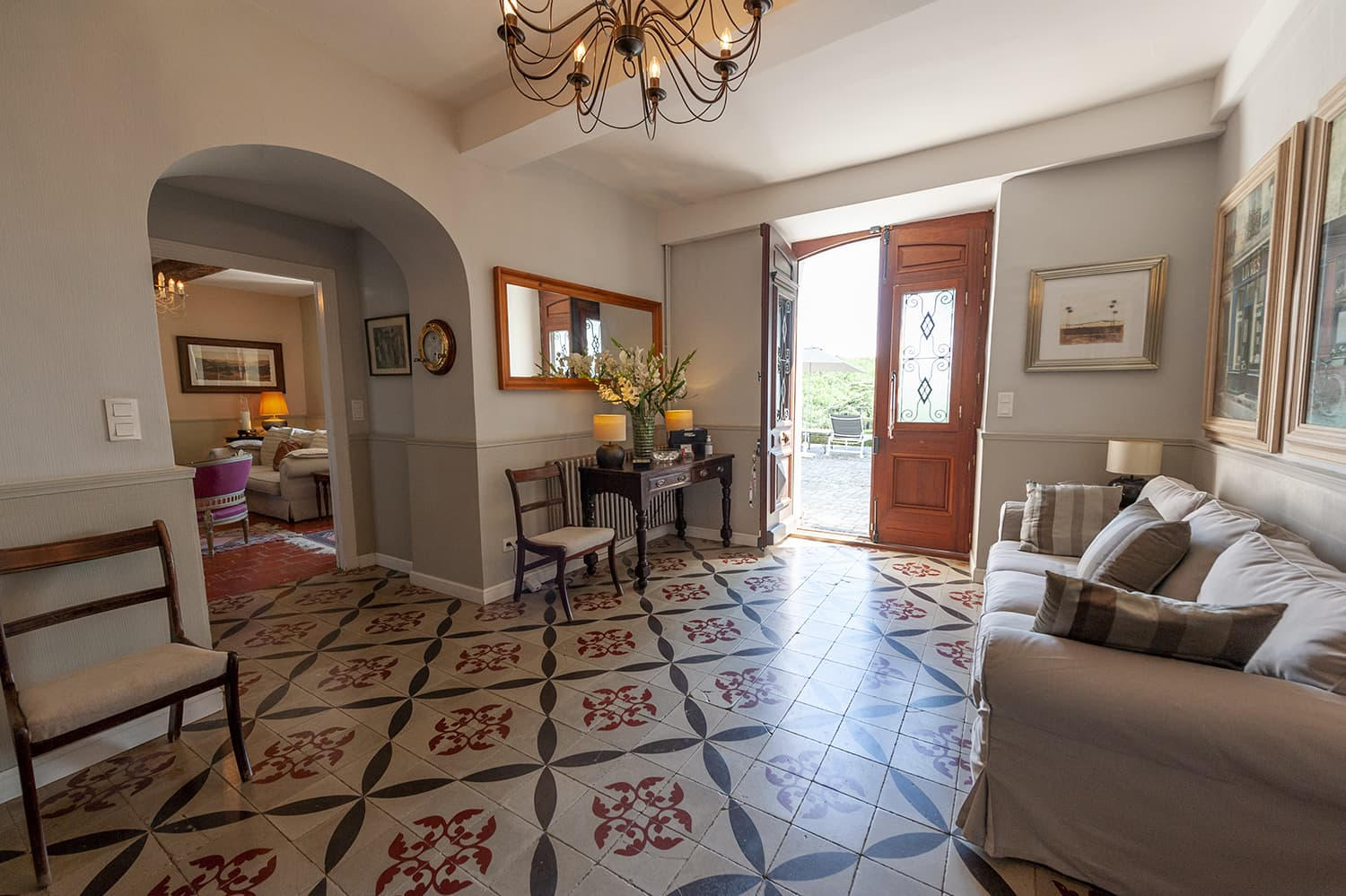 Entrance hallway with Languedoc patterned tiles, Domaine de Nérige